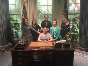 Visit the Oval Office